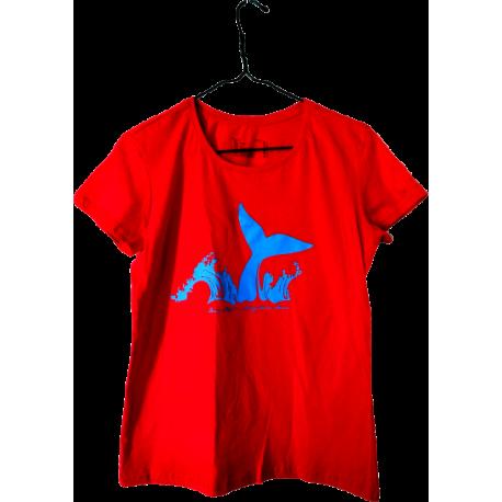 Camiseta roja ballena Diosas Maat
